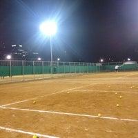 Photo taken at 반포종합운동장 테니스코트 by Seungah H. on 9/27/2012