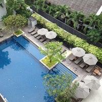 Photo taken at Woodlands Suites Serviced Residences Pattaya by Atip K. on 10/14/2012
