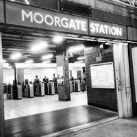 Photo taken at Moorgate Railway Station (MOG) by Andrew W. on 9/4/2013