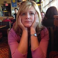 Photo taken at Red Robin Gourmet Burgers by Ben B. on 10/5/2013
