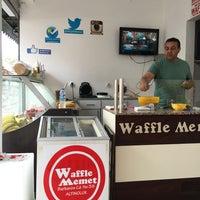 Foto tomada en Waffle Memet por Seval E. el 5/22/2016