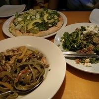 Photo taken at California Pizza Kitchen by Thu Yen T. on 7/22/2013