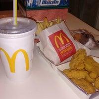 Photo taken at McDonald's by Lyanne D. on 8/1/2016
