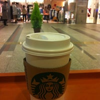 Photo taken at Starbucks Coffee クリスタ長堀店 by Masami on 2/11/2012