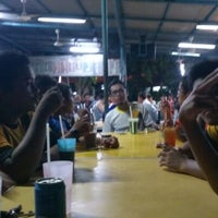 Photo taken at Restoran Asyraf by Farhan Y. on 6/5/2013