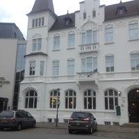 Photo taken at Hotel Bielefelder Hof by Pierre H. on 6/26/2013