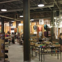 Photo taken at Urban Outfitters by Donglin L. on 7/15/2013