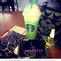 Photo taken at Starbucks by Cindy S. T. on 12/18/2013