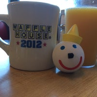 Photo taken at Waffle House by Peter D. on 1/31/2014
