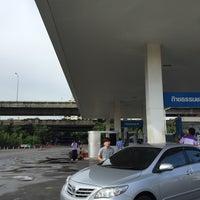Photo taken at สถานีบริการ ngv พรีเมียร์พระรามเก้า by Rango on 5/31/2016