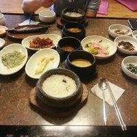 Photo taken at 正一品(이천쌀밥) by Hyera K. on 10/3/2012