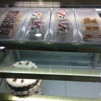 Photo taken at Bakery On A Hill by Eugene K. on 12/29/2012
