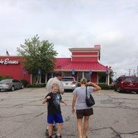 Photo taken at Bob Evans Restaurant by Road N. on 7/6/2013