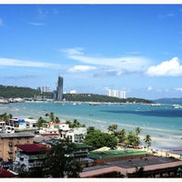 Photo taken at The Montien Pattaya by ☆.• Thiti Y. on 6/5/2015