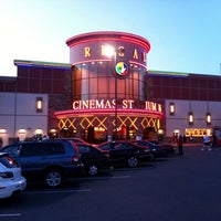 Photo taken at Regal Cinemas Everett Mall 16 & RPX by Røb-NX7N on 7/2/2011