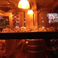 Photo taken at Yard House by Bongkotchatorn C. on 1/15/2012