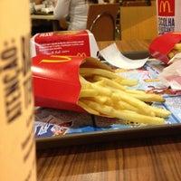 Photo taken at McDonald's by Jonas on 8/6/2012