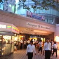 Photo taken at 品川プリンスホテル アネックスタワー by Tsuyoshi I. on 7/24/2012