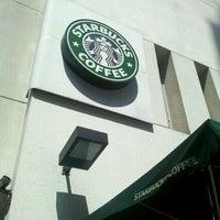 Photo taken at Starbucks by Ricardo U. on 4/15/2011