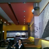 Photo taken at El Pollo Real by Victor P. on 8/18/2011