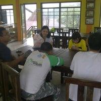Photo taken at Trading House Kopi Sindoro Sumbing by wahyu s. on 1/22/2012
