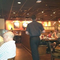 Photo taken at Outback Steakhouse by Luis P. on 8/1/2012