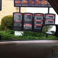Photo taken at Zaxby's Chicken Fingers & Buffalo Wings by Jessica V. on 5/13/2012