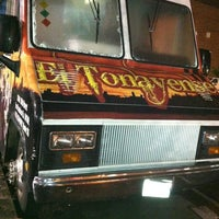 Photo taken at El Tonayense Taco Truck by W.I.L.F.🍼💦 (. on 12/1/2012