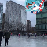 Photo taken at Kendall Square Community Ice Skating by Rawan 🎀 on 12/13/2015