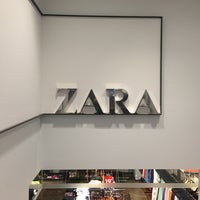 Photo taken at Zara by Victor G. on 7/23/2013