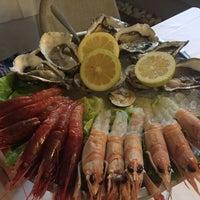 Photo taken at I Sapori Del Mare by Colomina Mira R. on 6/20/2016