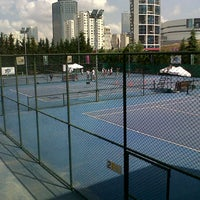 Photo taken at Hillside City Club Tennis Court by Belguzar Seren T. on 7/15/2013