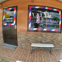Photo taken at De To-venaar - barbershop by Ken P. on 5/15/2015