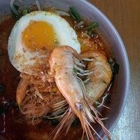 Photo taken at Malee Restaurant by paronyaki on 12/17/2014