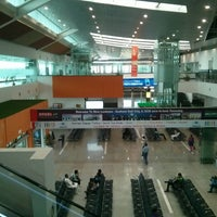 Photo taken at Chaudhary Charan Singh International Airport (LKO) by Shivam Y. on 8/26/2013
