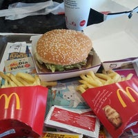 Photo taken at McDonald's by Dyego A. on 9/24/2013