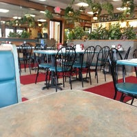Photo taken at Italiano's Restaurant by Bill D. on 9/8/2014