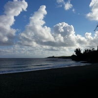 Photo taken at D.T. Fleming Beach Park by Richard H. on 7/20/2013