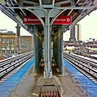 Photo taken at CTA - Thorndale by Dean C. on 3/1/2013