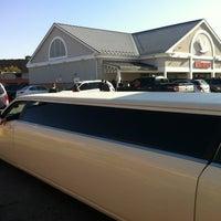Photo taken at Wawa Food Market #8013 by Brizzy on 10/20/2012