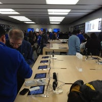 Photo taken at Apple Store, Short Hills by Francisco C. on 2/12/2012