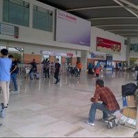 Photo taken at Jalan Sultan Hasanuddin by Agistaril on 4/13/2014