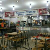 Photo taken at Restoran Victory by Hafiz J. on 1/13/2016