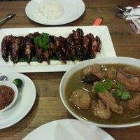 Photo taken at Tranquerah Authentic Malacca by Kelvin L. on 10/19/2014