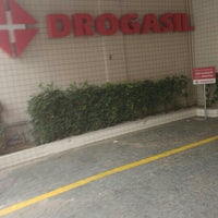 Photo taken at Drogasil by Álvaro R. on 8/24/2015