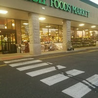 Photo taken at Whole Foods Market by Winni P. on 10/18/2016