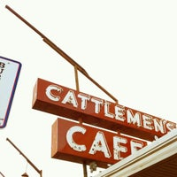Photo taken at Cattlemen's Steakhouse by Ben M. on 10/3/2012