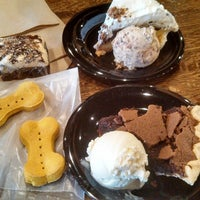 Photo taken at Homemade Ice Cream and Pie Kitchen by Desiree W. on 5/7/2014