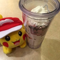 Photo taken at Starbucks Coffee 関西国際空港エアサイド店 by nitroso a. on 5/21/2016