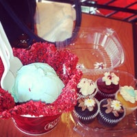 Photo taken at Cold Stone Creamery by Krysten T. on 2/14/2014